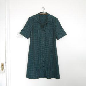 Sacha Holub, tissu p'tits carreaux dark lagune, patron robe Simplicity #8014